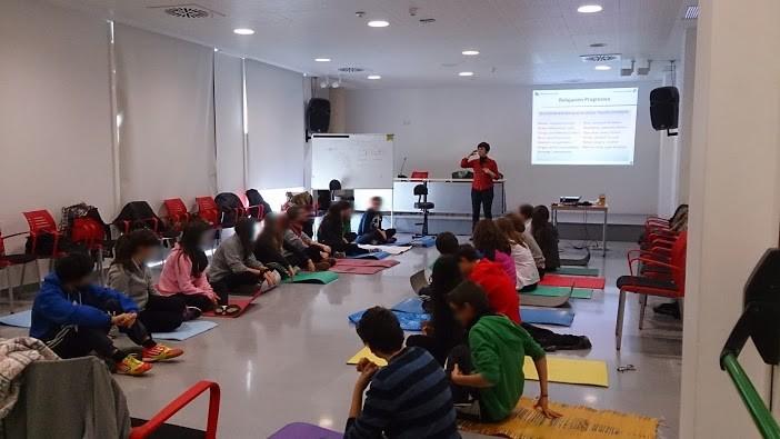 taller-desestresados-aprender-a-relajarse-adolescentes